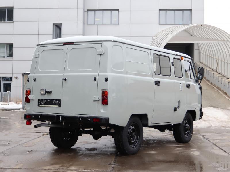 УАЗ Комби 5 мест 2.7 5MT (112 л.с.) Стандарт с БДИФ