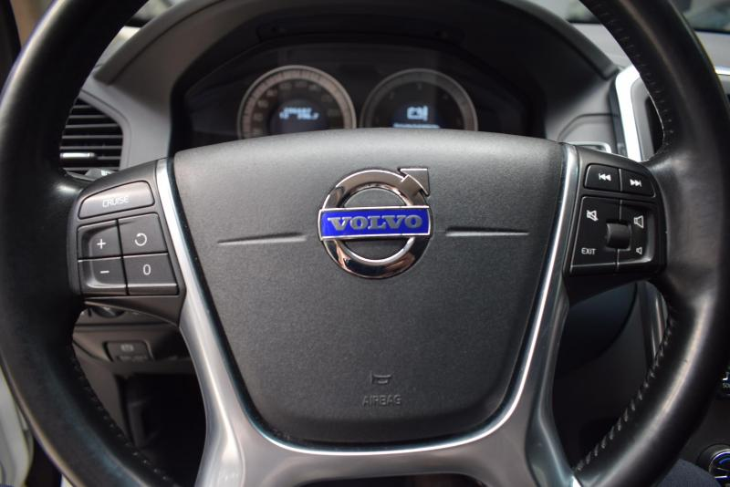 Volvo XC60 2.4d AT (163л.с.) 4WD