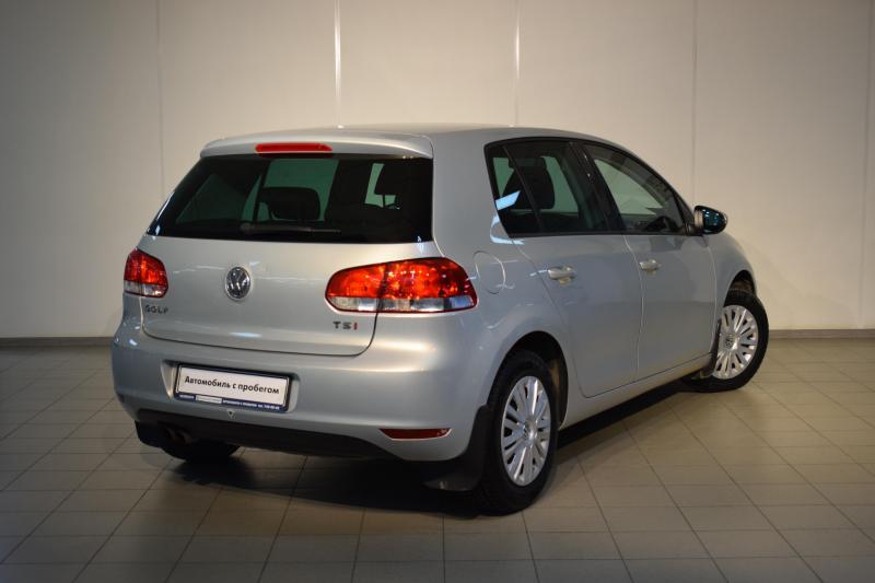 Volkswagen Golf 1.4 TSI DSG (122 л. с.)