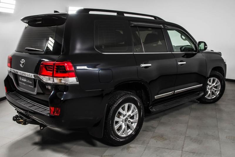Toyota Land Cruiser 4.5 Twin-Turbo D AT 4WD (7 мест) (235 л. с.)