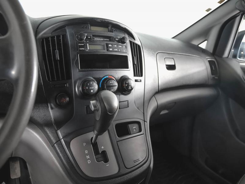 Hyundai H1 2.5 CRDi AT (145 л.с.)