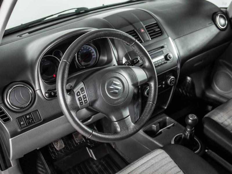 Suzuki SX4 1.6 MT (112 л. с.)