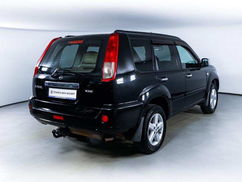 Nissan X-Trail 2.0 MT (140 л. с.)