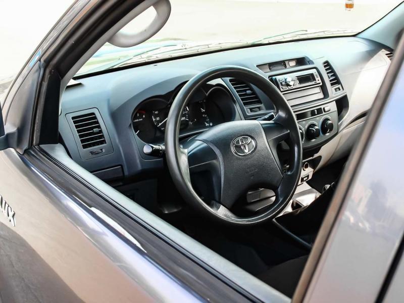 Toyota Hilux 2.5D MT Turbo AWD (144 л. с.)