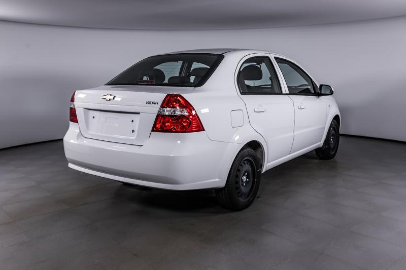 Chevrolet Auto Nexia 1.5 MT (105 л. с.) LT