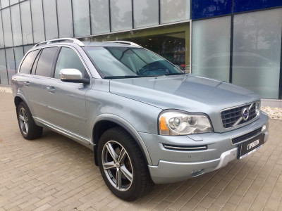 Volvo XC90 2.4 D5 Geartronic AWD (7 мест) (200 л. с.)